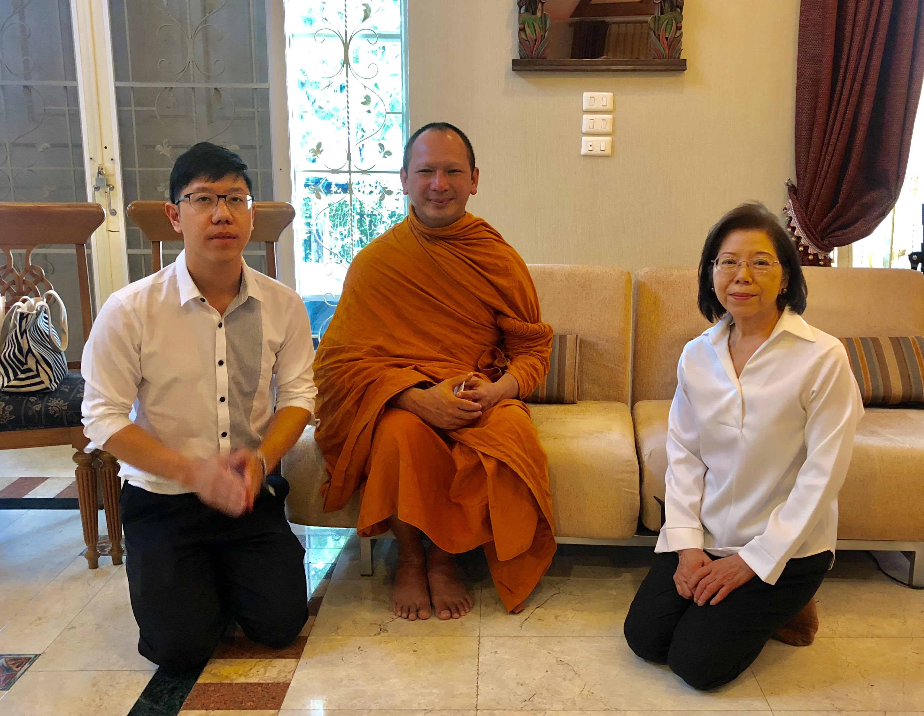 Teaching go to Thai monks and on Buddhism TV program True Little Monk